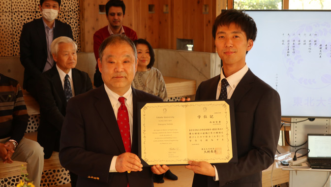 20200325学位記授与式・追いコン (10).JPG