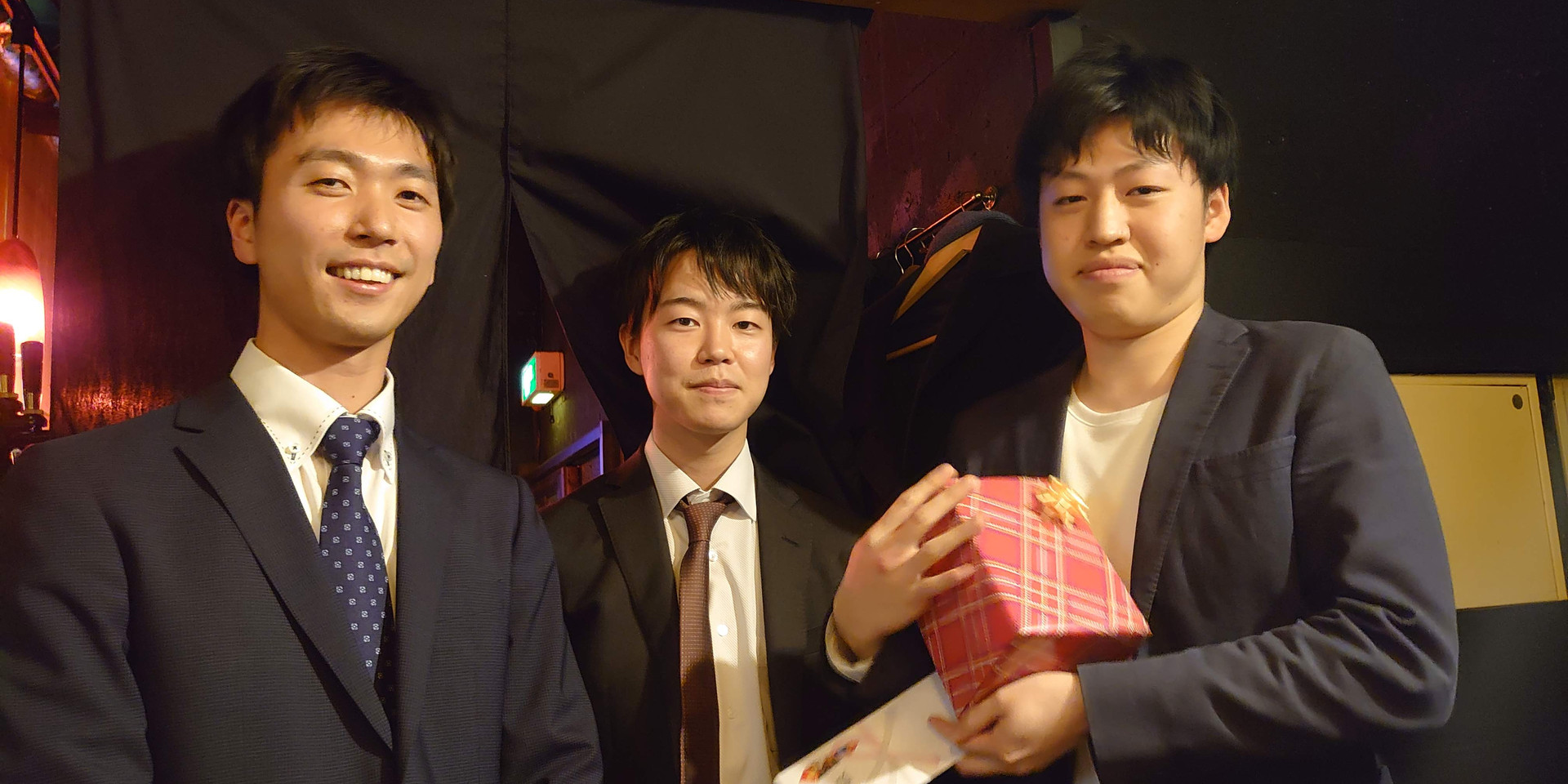 20200325学位記授与式・追いコン (26).jpg