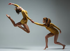 1280-509257120-the-two-modern-ballet-dan