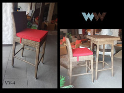 VV-4 WITH TABLE