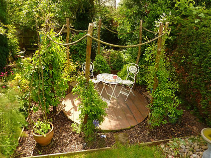 circular decking woven worlds, garden ideas, garden seating area, seats,  decking solutions, decking ideas
