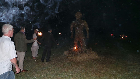 willow art sculpture, willow man sculpture, willow man, wicker man burn,  woven worlds