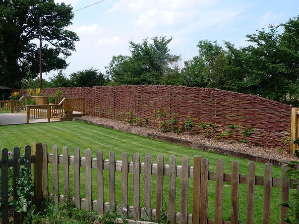 willow fence suffolk, willow work, woven willow specialists, natural fencing, graham north, woven worlds, willow suffolk