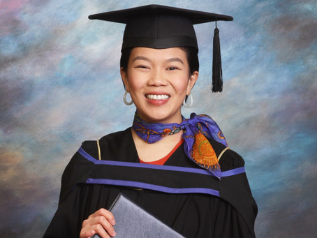 The real reason university grads shouldn't skip their grad photos