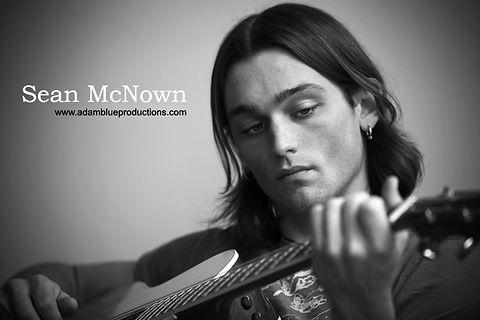 sean mcnown acoustic guitarist singer solo act