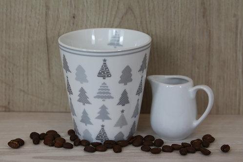 Tasse mit Weihnachtsbäumen