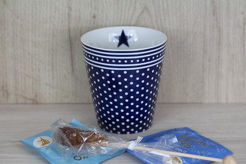 Tasse blau mit kleinen, weissen Punkten