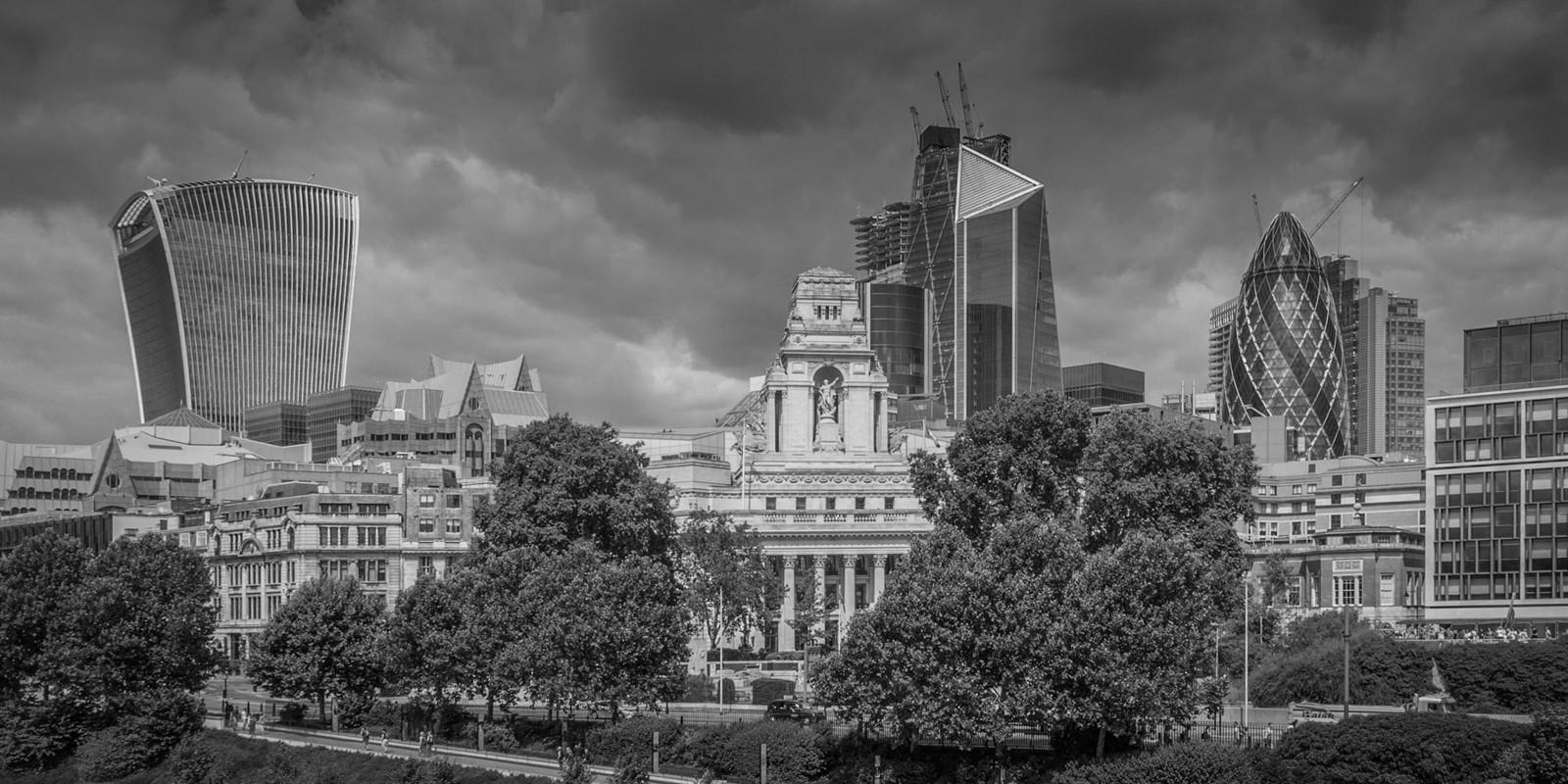 MONO - London Skyline by Frances Price (9 marks)