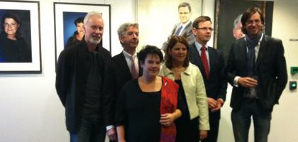 Piet van den Boog portrait of minister Ronald Plasterk revealed at the Dutch Ministry of Education,