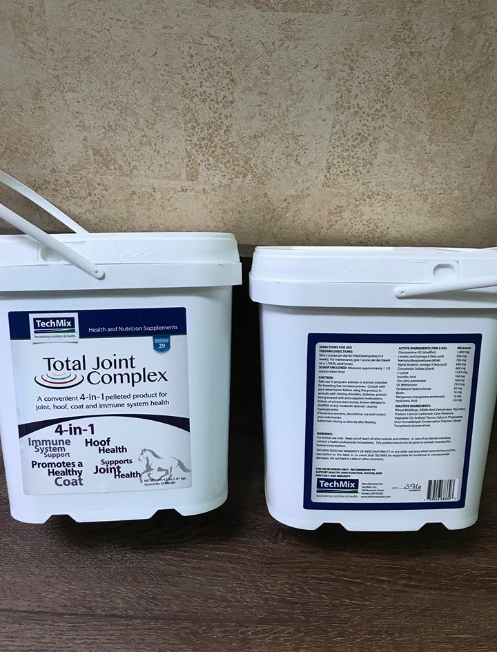 Horse joint supplements.