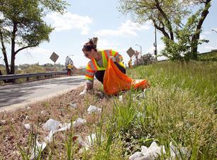 Volunteers cleaning up Alberta highways September 19