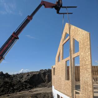 LIfting gable end wall