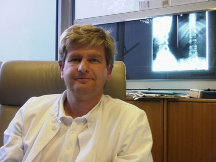 Dr. Burkard Engelhardt