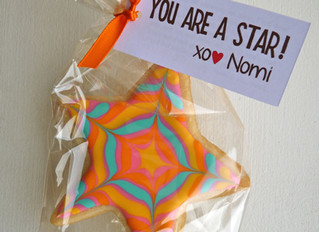 It's In the Stars! Marbleized Star Cookie How To