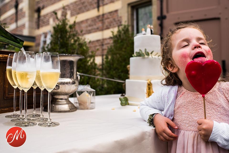 Ongeposeerde trouwfotografie Heeswijk