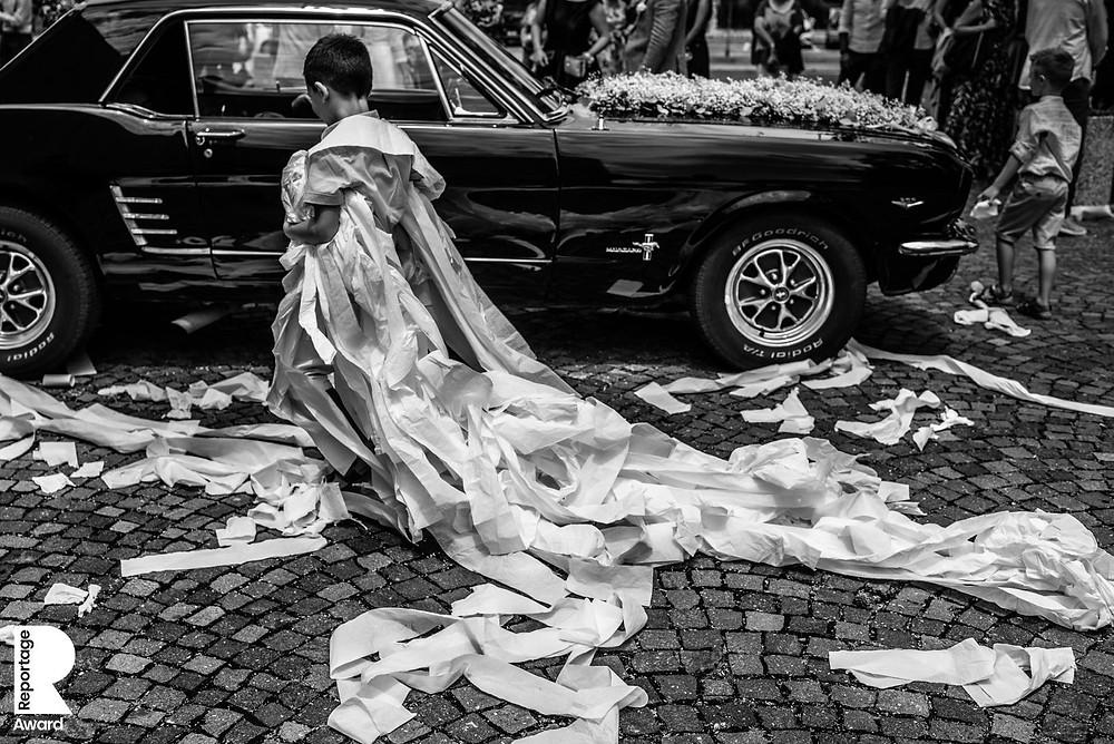 Trouwfotografie Italië, buitenlandse bruiloft, bruidsfotograaf Italië, Destination wedding in Italy, toiletpaper
