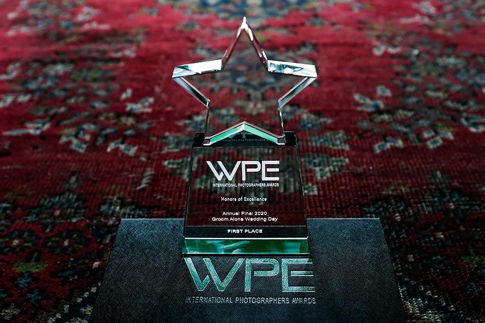 WPE Award - Groom alone wedding day - Beste bruidsfotograaf