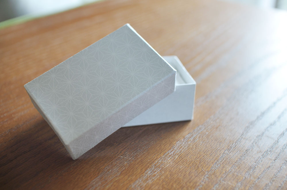 手漉きコットン名刺の箱