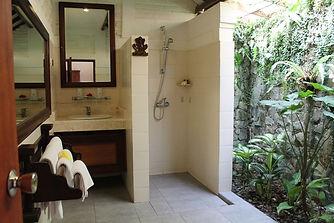 Cottage Bathroom (2).jpg