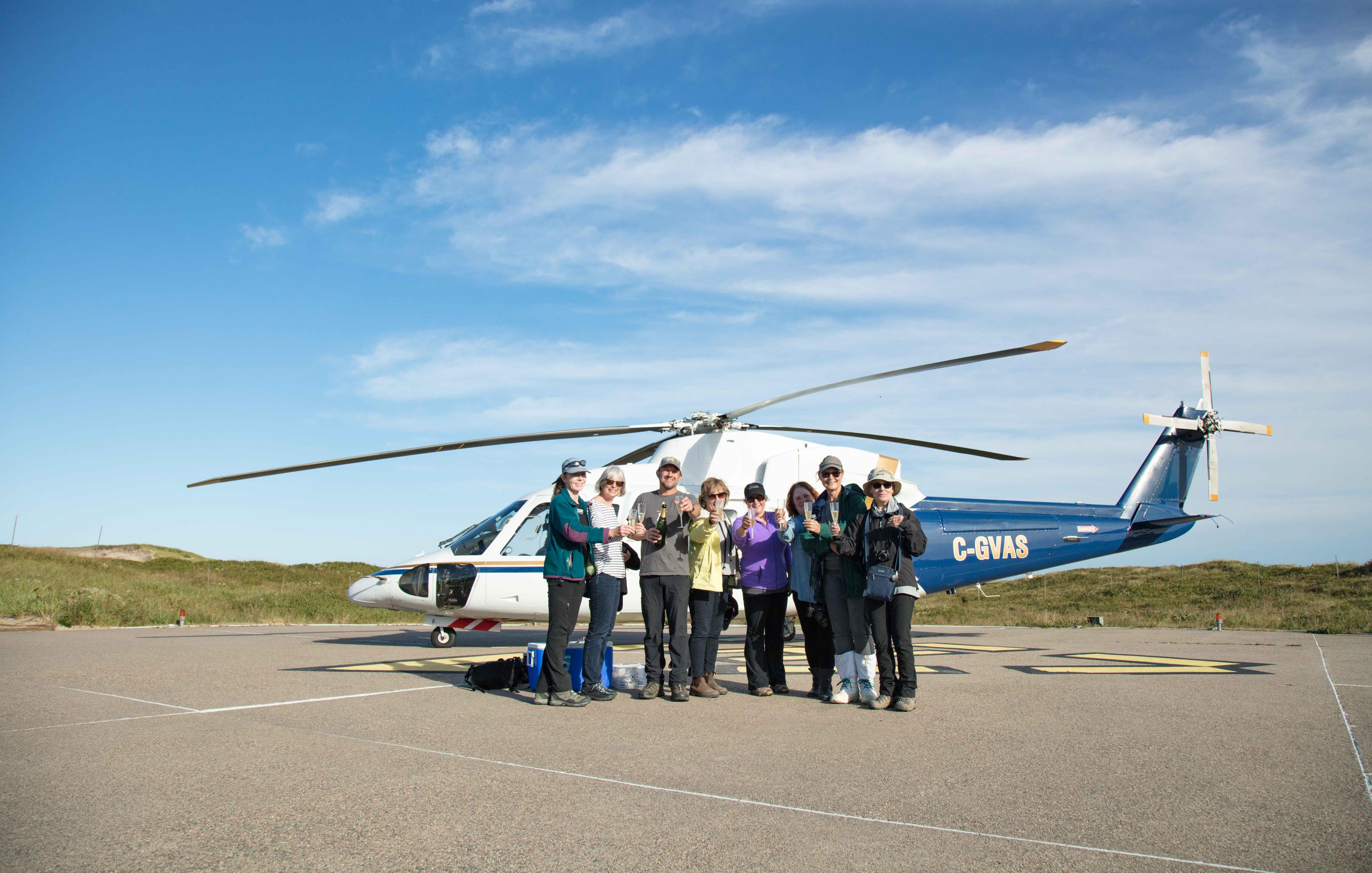 SABLE ISLAND: Helicopter