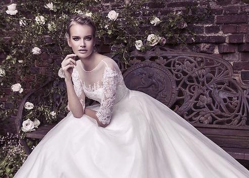 نکات-مهم-در-خرید-لباس-عروس-1.jpg
