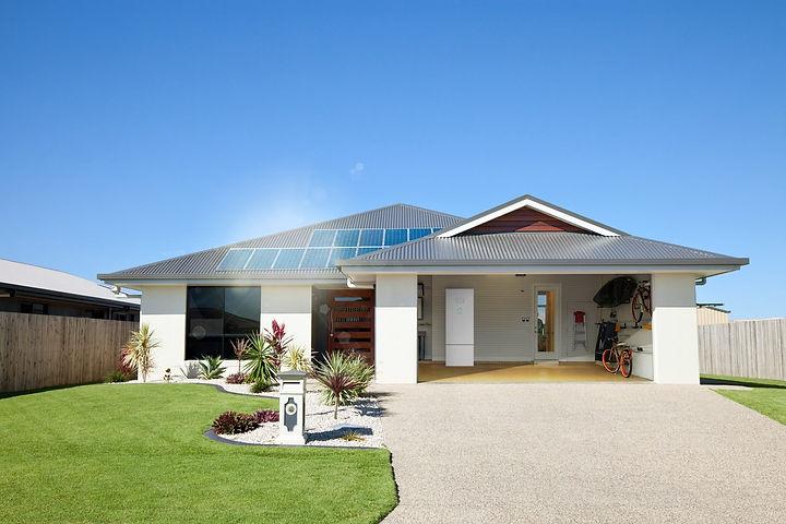 Haus-Garage-PVeco_residential-sRGB-skv03