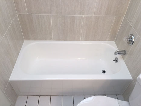 Bathtub Reglazing White