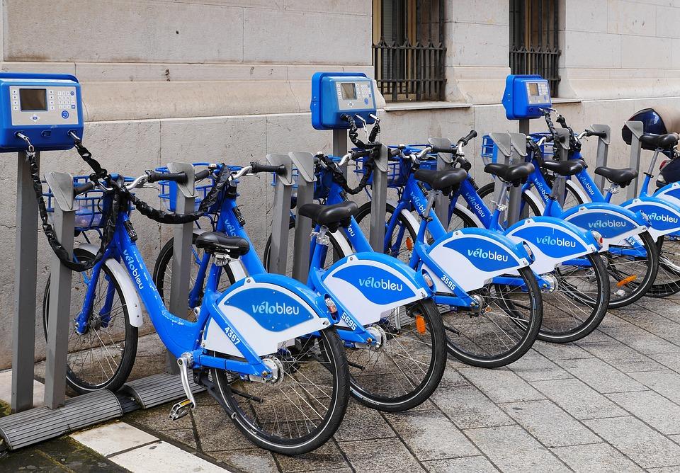 velo bleu, rental blue bikes