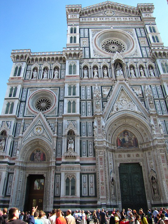 Florence Cathedral, with crowds up front