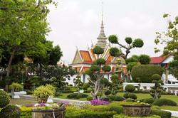 bangkok temple garden