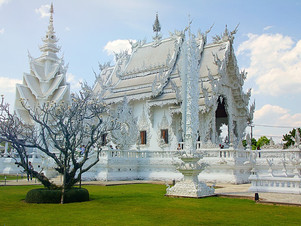 The most amazing religious places around the world: The white temple