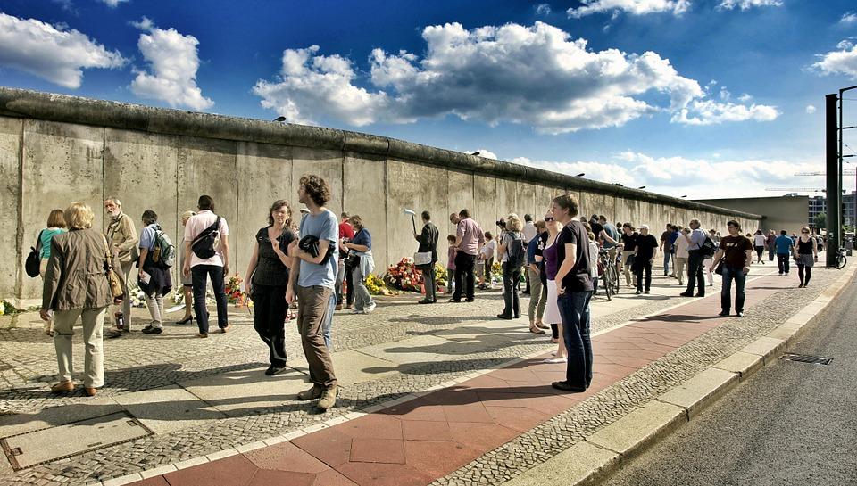 bernauer strae Berlin wall