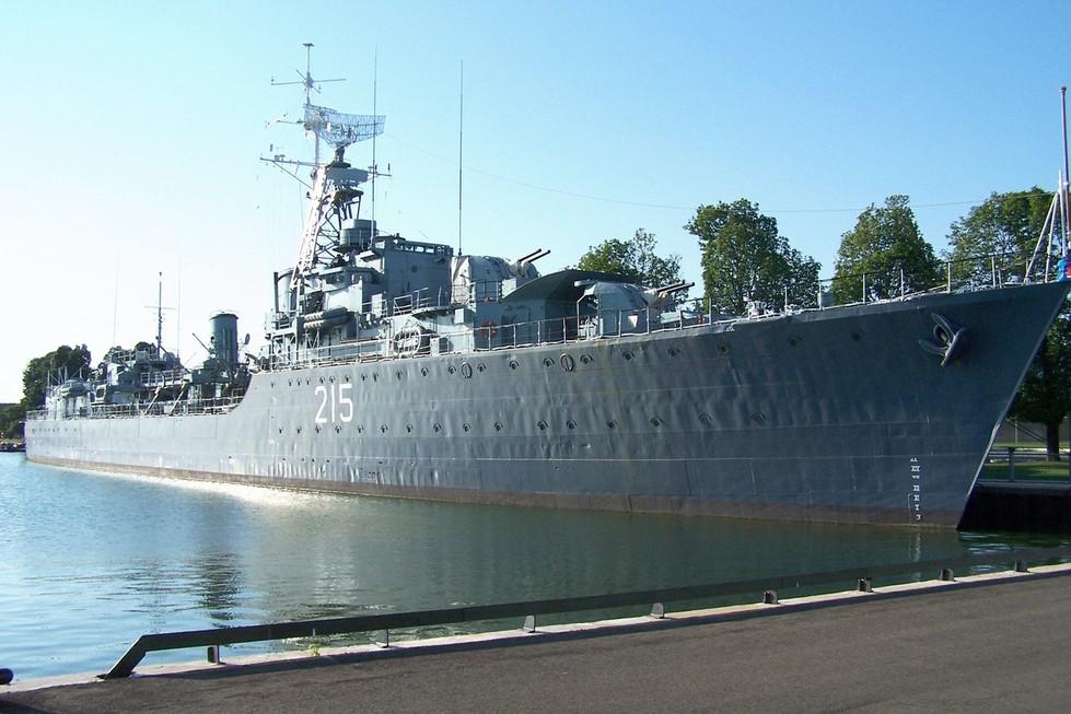 29 HMCS Haida.jpg