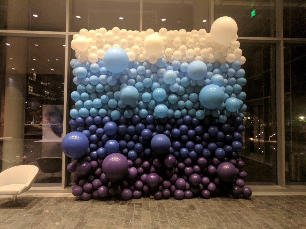 organic-balloon-wall-blues.jpg