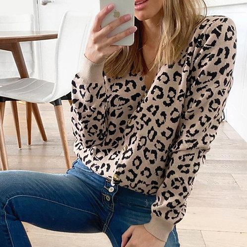 V-neck Leopard Printed Slim Knitted Sweater