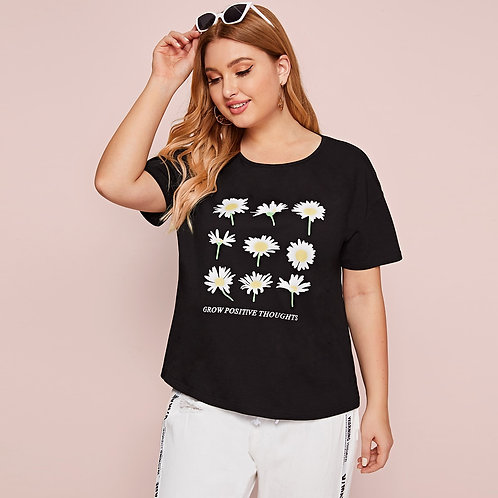 Plus Daisy & Letter Graphic Tee