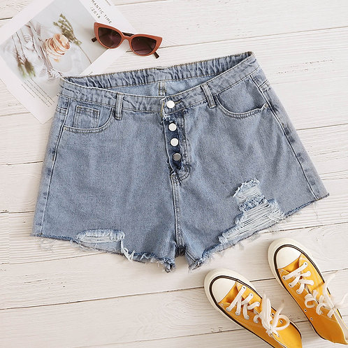 Plus Raw Hem Pocket Detail Denim Shorts