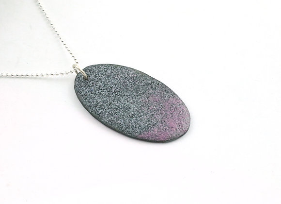 Small oval pendant purple/ black speckled