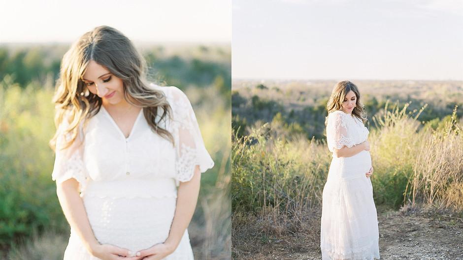 January 7, 2021 - A Scenic Texas Maternity Session
