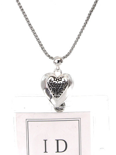 FILIGREE HEART ID HOLDER