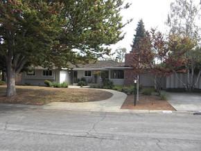 1473 Ravenswood Dr., Los Altos, California 94024