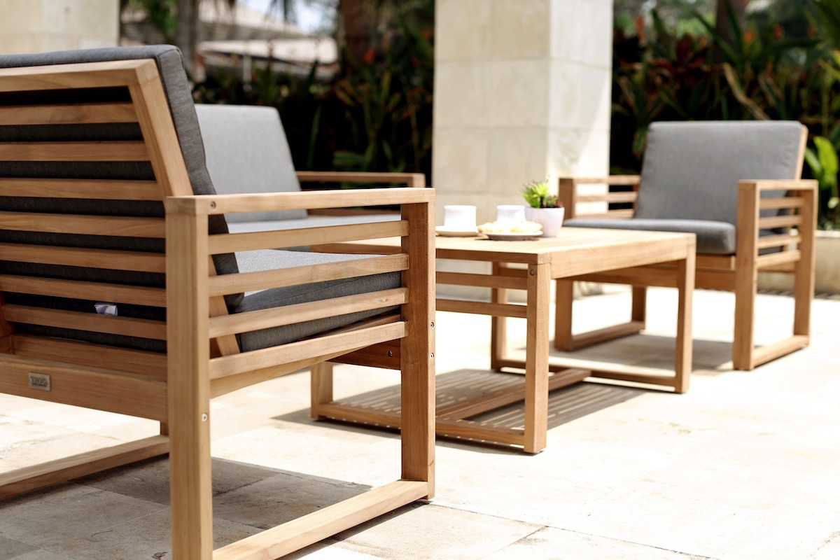 Teak outdoor lounge