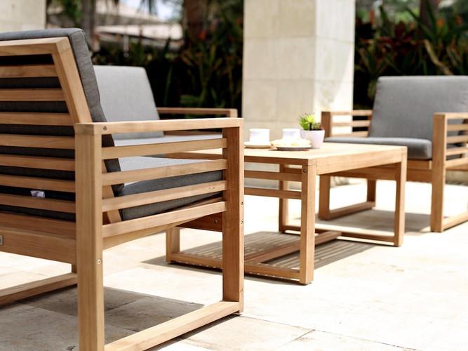 Teak outdoor lounge