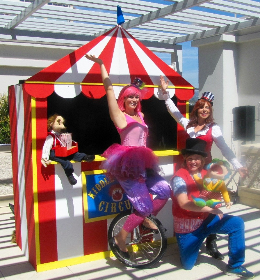 Circus Themed Puppet Show
