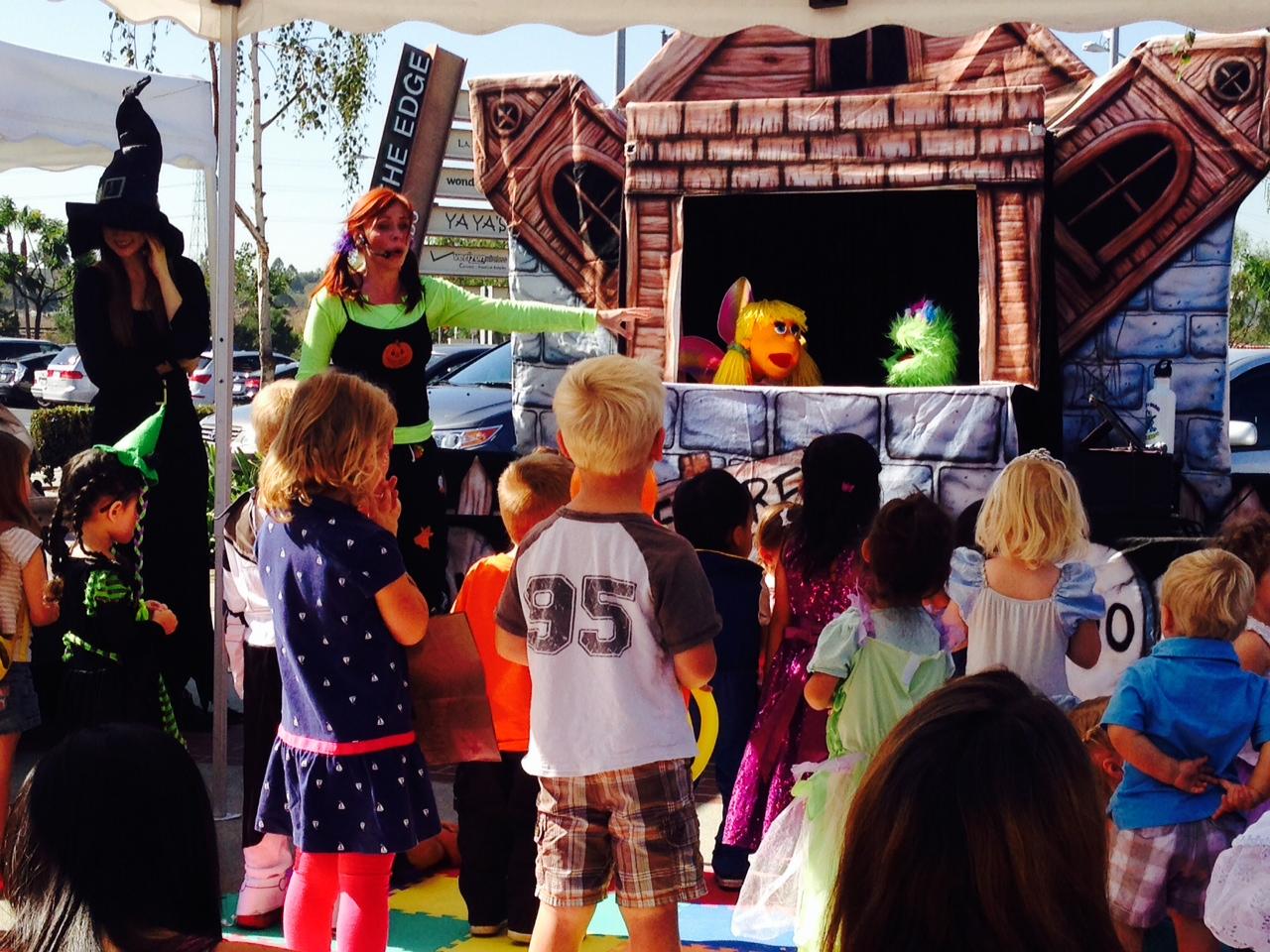 Halloween puppet show