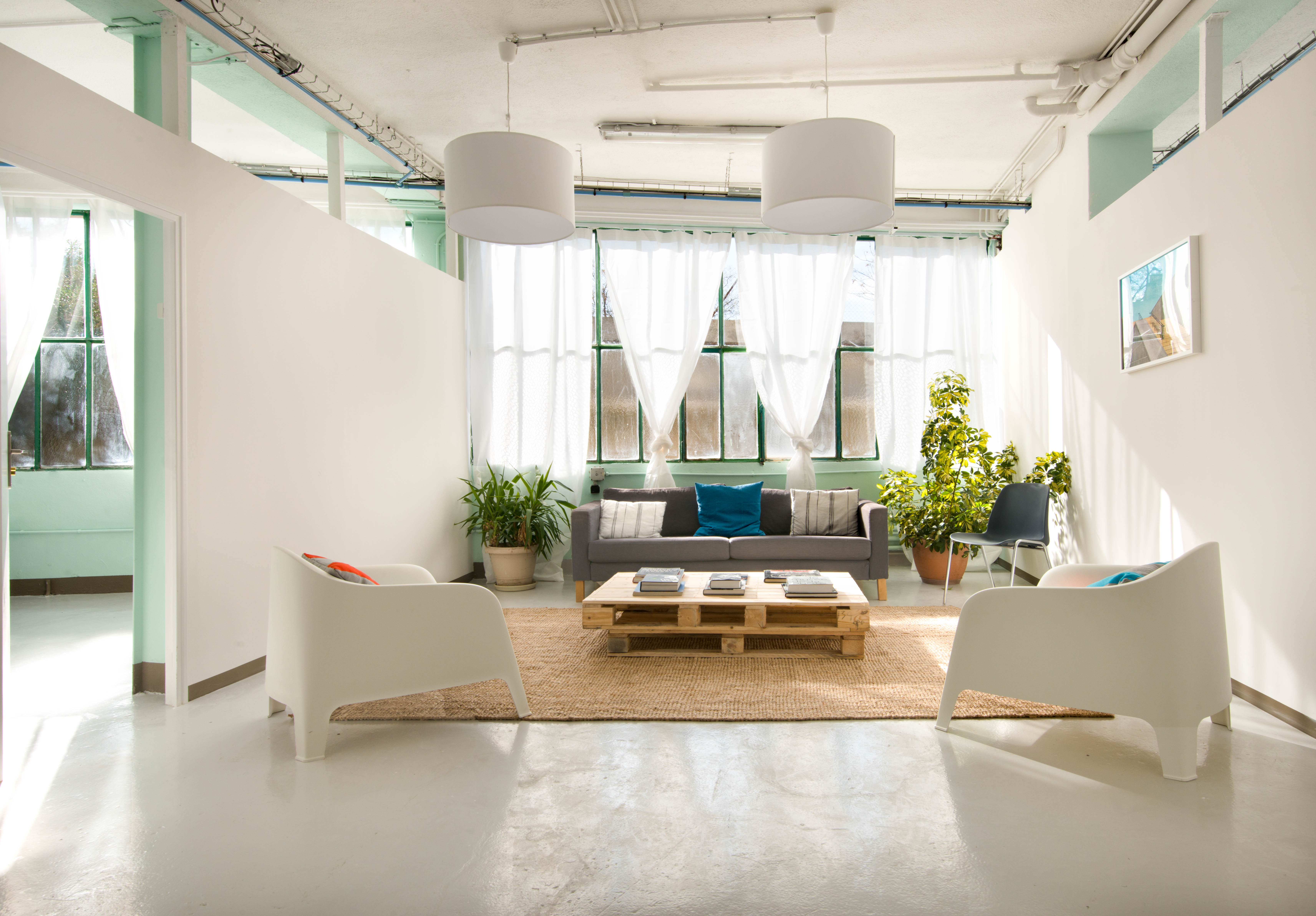 tarif location salle marseille pas cher. Black Bedroom Furniture Sets. Home Design Ideas