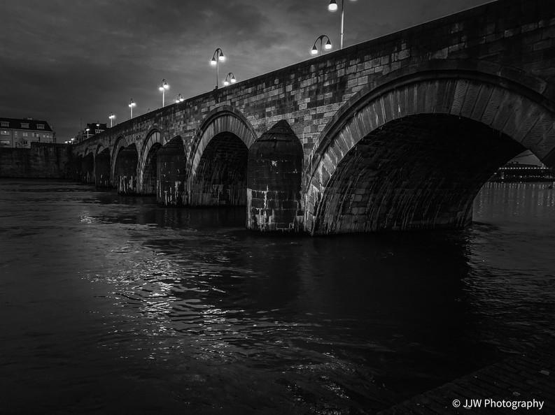 Carolus Bridge, Maastricht