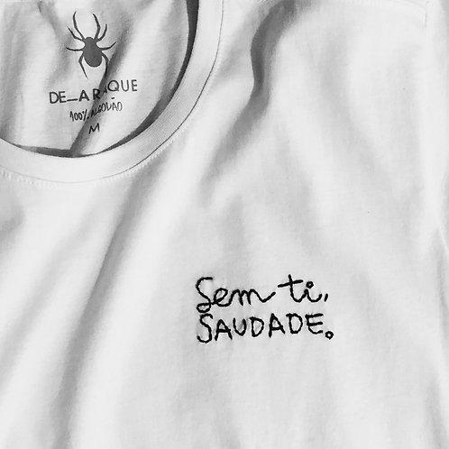 Camiseta SAUDADE