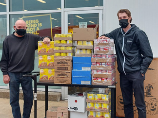 Community Couple Partner with Grocers to Give Back