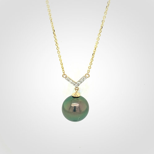 Peacock Tahitian Pearl, Diamond, & 14K Yellow Gold Necklace